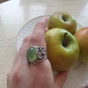 Кольцо с Нефритом фото